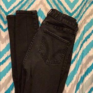Women's black skinny jeans